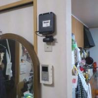 壁にwifi親機(無線LANルーター)を取り付け