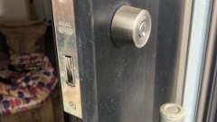 玄関ドアのカギの調子悪い→カギが2個あったら上下入れかえれば当面もつ