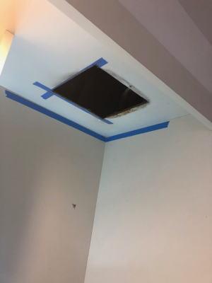 天井開口を広げる